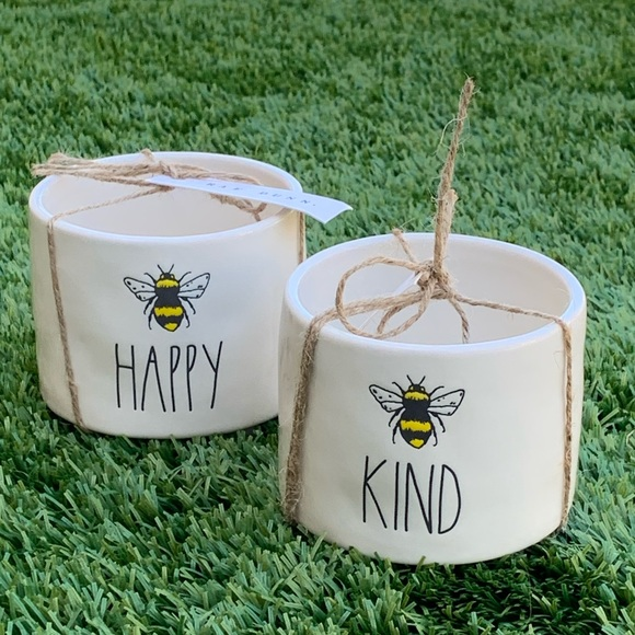 Set of two small planters BEE YOU and BEE KIND